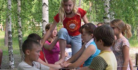 russian naturalist children benefits and costs