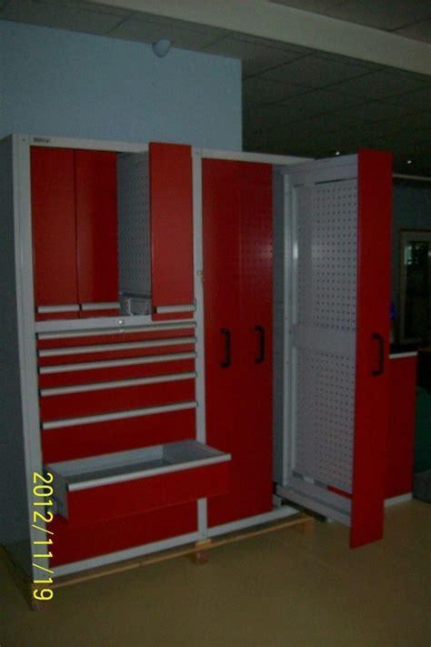 kleiderschrank schiebetüren 2 m wohnzimmer farbgestaltung braun