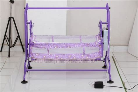 automatic swinging bassinet automatic baby cradle manufacturer automatic baby cradle