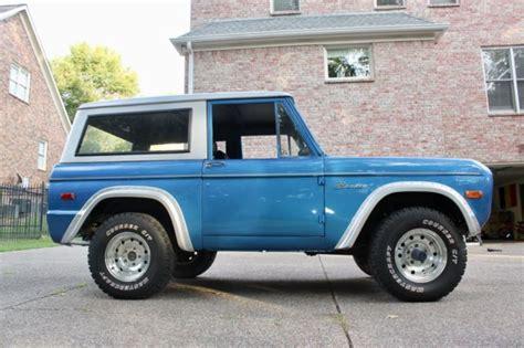 ford bronco  door  ci  blue silver