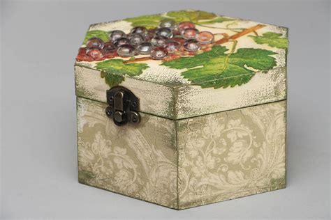 como decorar una caja de madera con servilletas madeheart gt caja de madera decorada con decoupage