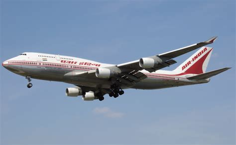 Infus Air file air india b747 400 vt esn arp jpg
