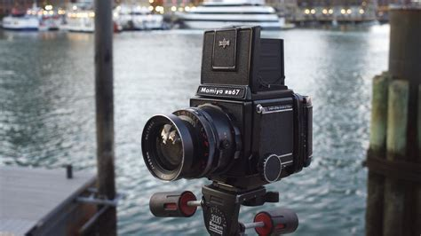 Five Best Medium Format Cameras for Beginners   Casual