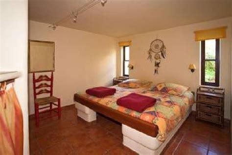 vorhang schräge schlafzimmer idee orientalisch
