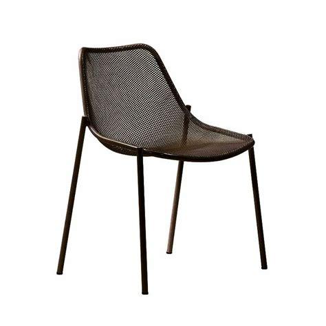 chaise emu chaise de jardin emu empilable design c pillet