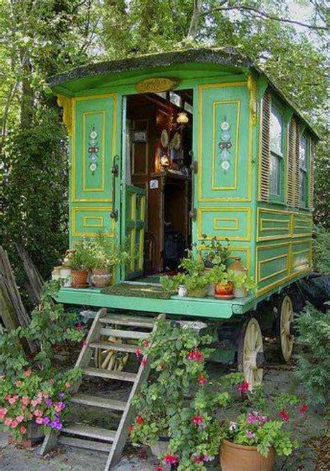 garden uses for trailer or outdoortheme