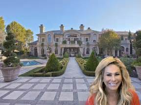 beverly homes adrienne maloof lists beverly home business insider
