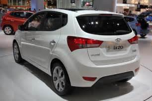Www Hyundai 2011 Hyundai Ix20 Photos Features Price