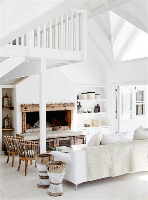 seaside home interiors calm seaside life ensconced in a breathtakingly beautiful