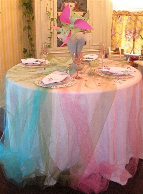 Best 25  Tulle tablecloth ideas on Pinterest