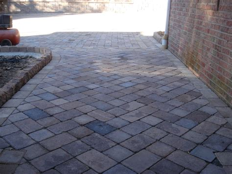 Patterns For Patio Pavers Up View Of Modified Herringbone Paver Pattern Paver Sidewalk Ideas Paver