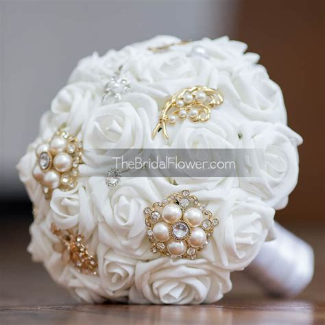 Handbouquet Goldwhite gold and white brooch bouquet with white roses by thebridalflower