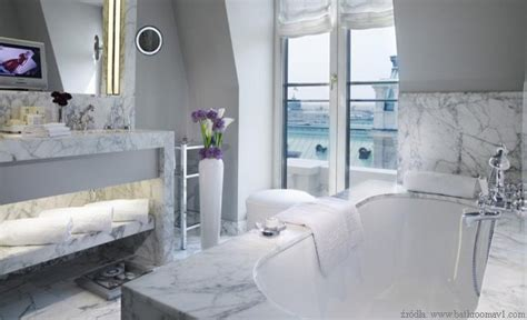 Spa Bathroom Decorating Ideas azienki z jasnego marmuru kamienportal pl