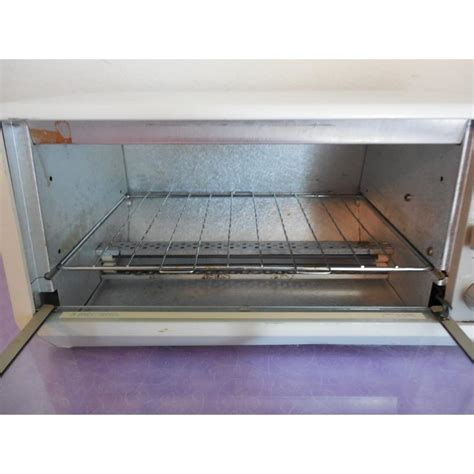 space saver toaster oven cabinet black decker toaster oven cabinet tro 200 ty1 spacemaker spacesaver 050875515758 ebay