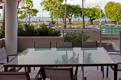 2 bedroom apartment cairns esplanade 3 bedroom apartments cairns esplanade memsaheb net