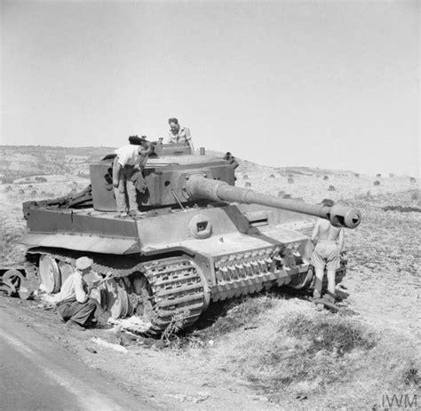 Boneka L I U Uk 35 Cm the army in sicily 1943 imperial war museums