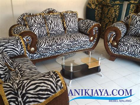 Lemari Plastik Safari kursi sofa king 321 motif zebra set mebel anik jaya malang