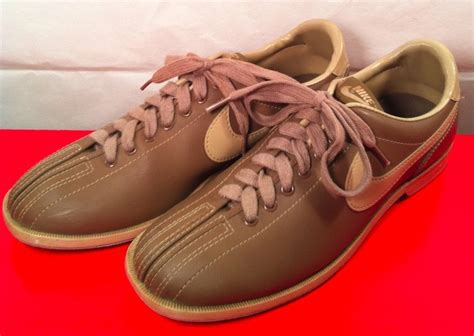 nike bowling shoes vintage s nike bowling shoes size 10 by archaeovintage