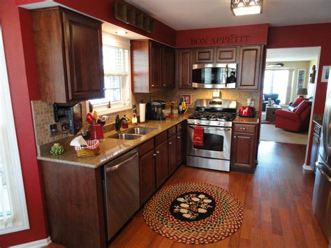 looking for kitchen cabinets 7 ways to keep your kitchen