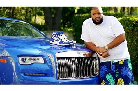 Merayakan Hidup dj khaled merayakan hidup dengan mobil premium