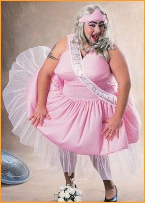 men in drag for halloween men dressed in drag beauty queen halloween costumes men