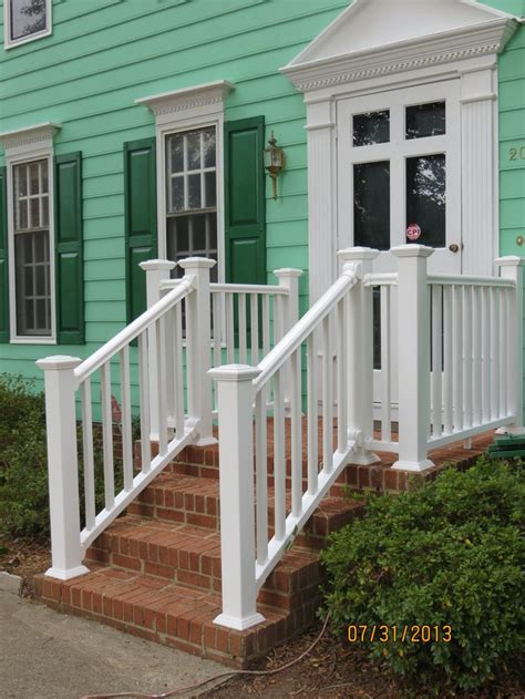 Which Is Better Vinyl Or Aluminum Leaters - 17 best images about vinyl railing on vinyls