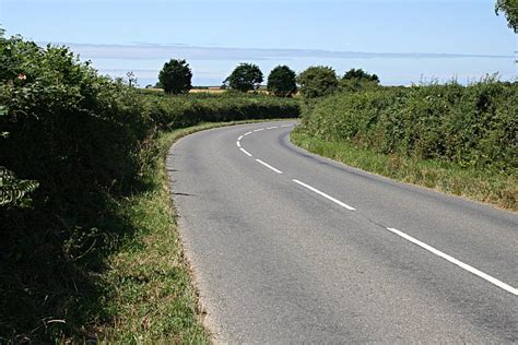 A Bend In The Road file a bend in the road geograph org uk 209136 jpg