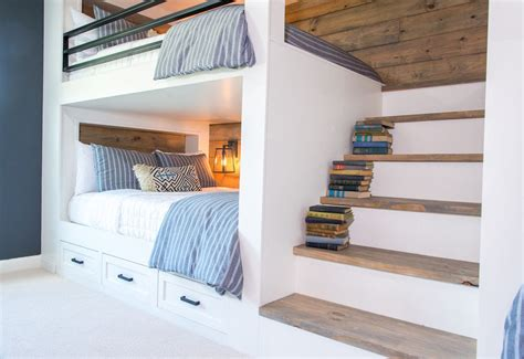 bunk room  full staircase  queen size bunk beds