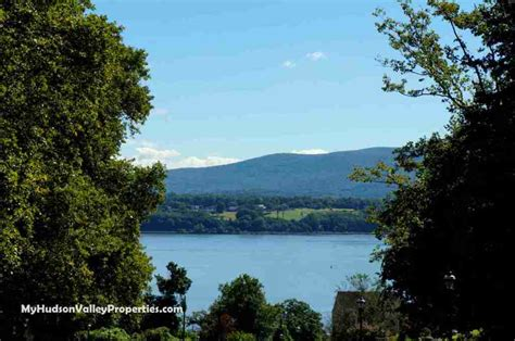 newburgh ny houses for sale town of newburgh ny real estate market report august 2014