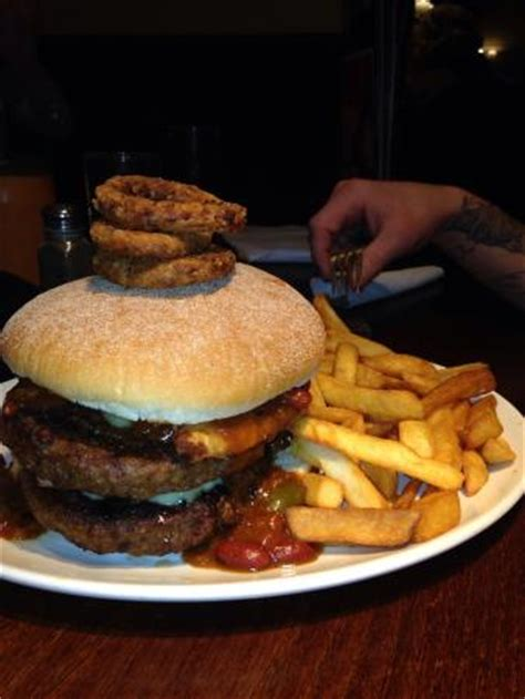 the flaming challenge burger the flaming grill burger challenge picture of flaming