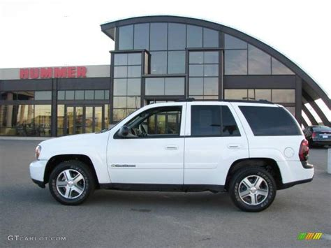 chevrolet trailblazer white 2004 summit white chevrolet trailblazer ls 4x4 21878306