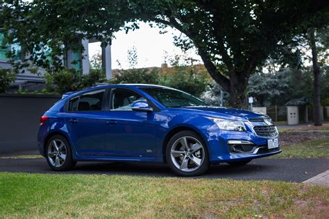 holden cruze sri  series hatch review  caradvice