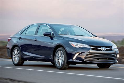 2016 toyota camry hybrid price reviews for sale