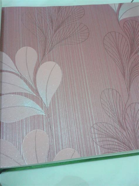 Wallpaper Dinding Stripe Bunga Eropa jual wallpaper dinding eropa motif bunga four leaf efron decor