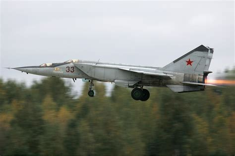 russian air force one image gallery mig 25