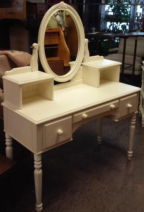 Ethan Allen Vanity by Uhuru Furniture Collectibles Sold Ethan Allen Vanity