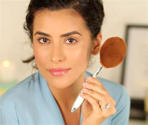 tutorial makeup flawless indonesia flawless foundation brush artis oval 10 what s all the