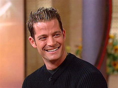 nate designer top tips for holiday decorating by nate berkus