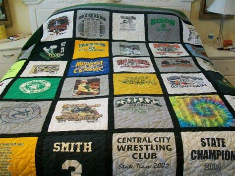 King Size T Shirt Quilt by 16 Best Images About Quilts I Made T Shirt Memory Quilts On Quilt Memories