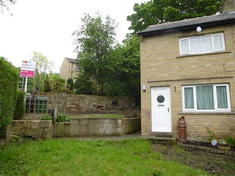 2 bedroom house to rent in huddersfield 2 bedroom semi detached house to rent in ashenhurst avenue