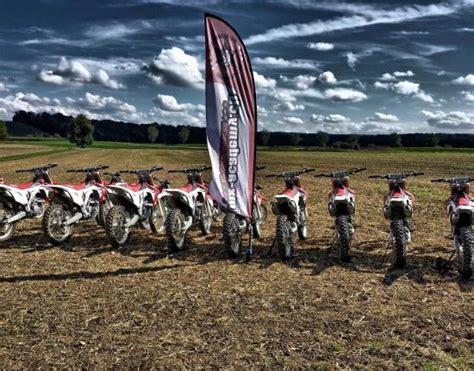 Motorradvermietung Thurgau by Motocross Motorrad Und Enduro Fahren Im Gel 228 Nde Bild