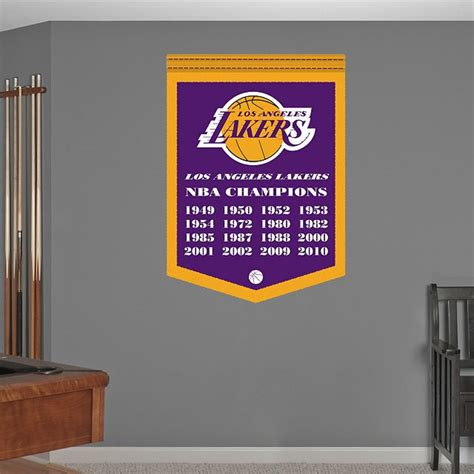 lakers bedroom ideas 17 best images about los angeles lakers diy basketball