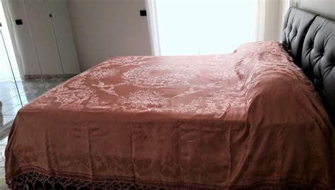 copriletti antichi antico copriletto matrimoniale in pregiata seta di damasco