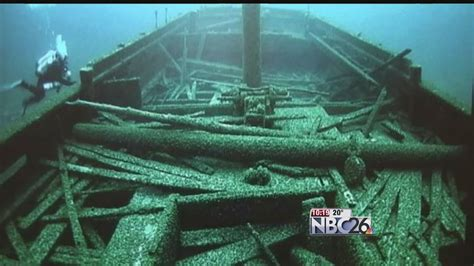 mystery of the christmas tree ship that sunk near two