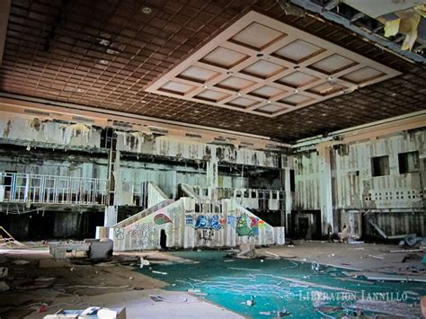 theme hotel catskills discover the best abandoned locations on an american road trip