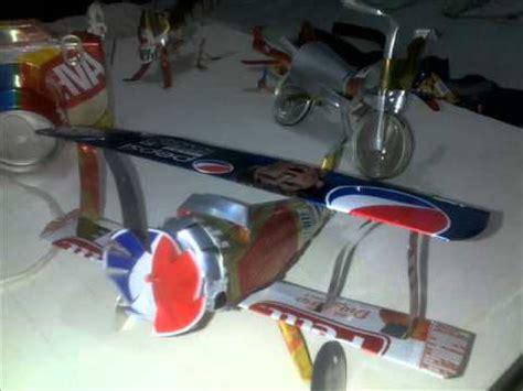como hacer un avion de material reciclable aviones hechos de latas de aluminio youtube