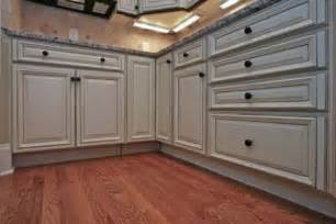 Kitchen Cabinet Glaze by Cabinets For Kitchen Glazed Kitchen Cabinets Pictures