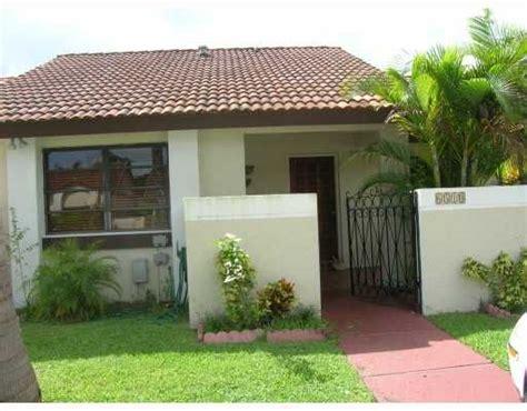 Arbor Gate Patio Homes Condoreports Arborgate Patio Homes Miami Fl
