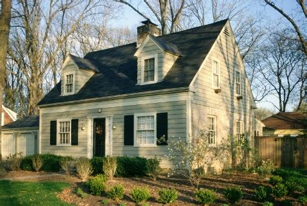 New England Saltbox House by Home Architecture Style Regional Or Not Zillow Research