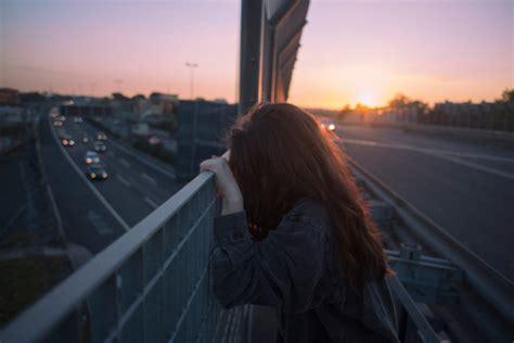 imagenes de mujeres tristes y solas 5 libros que tienes que leer si eres una mujer triste letras
